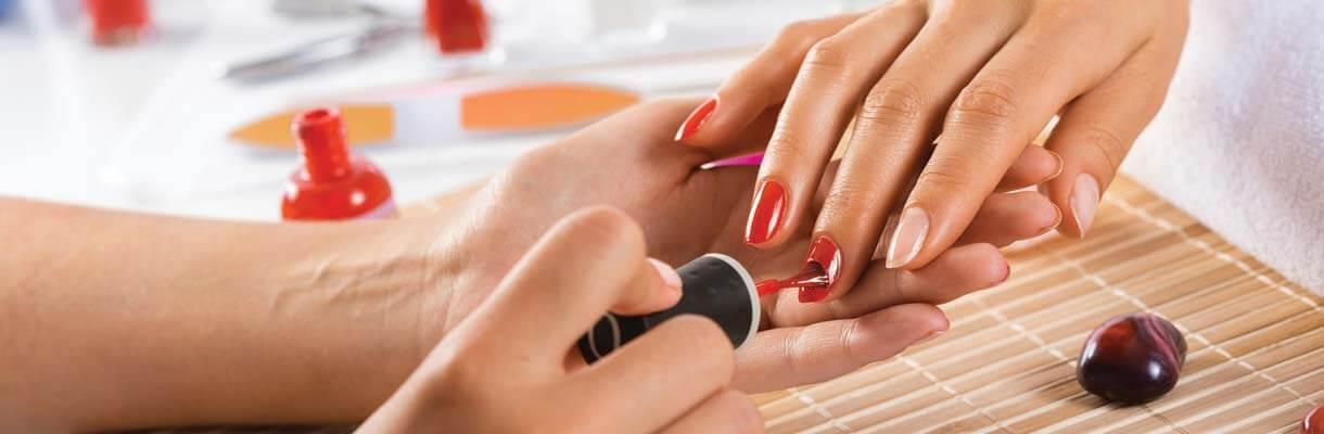 Cours de manucure et pose d'ongles