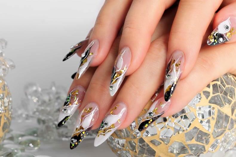 Faux ongles et design